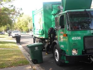 Recycling-Truck-600x450